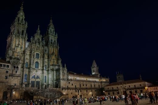 Fotografía nocturna de la Catedral de Santiago